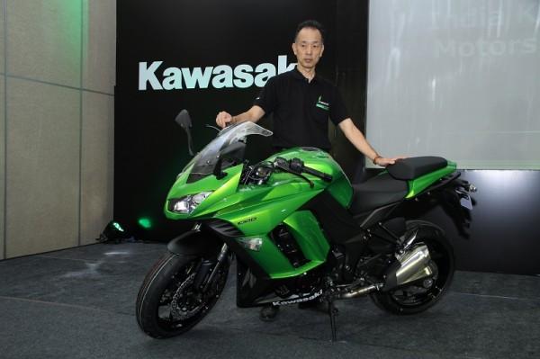 Kawasaki-Ninja-1000-Z1000-Launch (2)