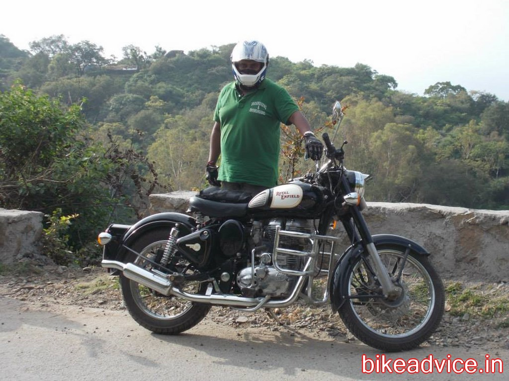 Royal enfield thunderbird 500cc price in nepal - Royal Enfield Classic 350 1