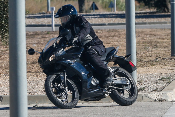 Triumphs 250cc Mini Daytona 250 Caught Testinglaunch In 2015