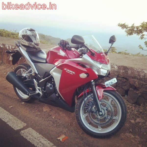 CBR-250R-Pic-Review (7)