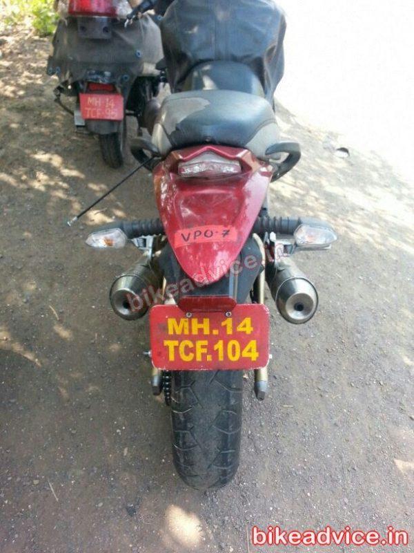 Mahindra-Mojo-Tail