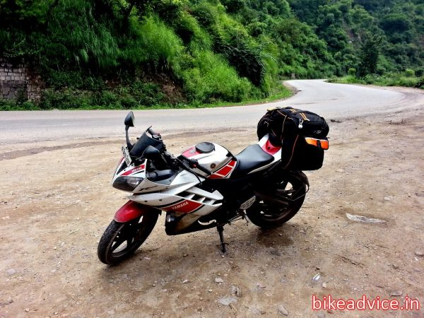 Yamaha-R15-V2-Review-Pic (1)