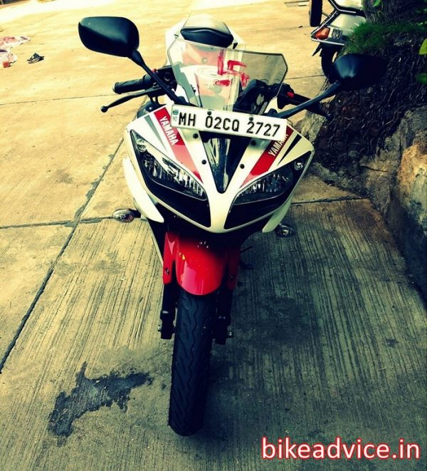 Yamaha-R15-V2-Review-Pic (11)