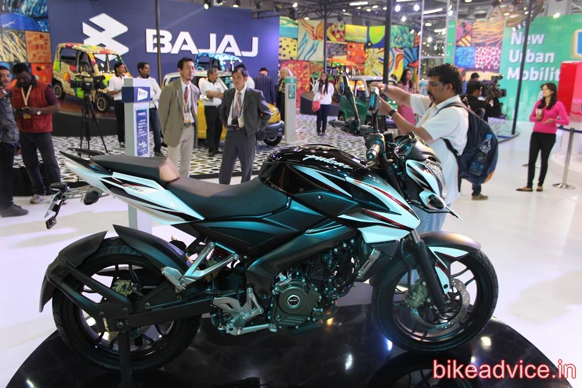 Bajaj Displays Pulsar 200ns Dual Tone With A New Name Pics