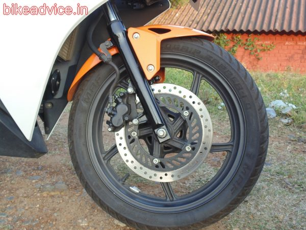 CBR-150R-Pic-Review (11)