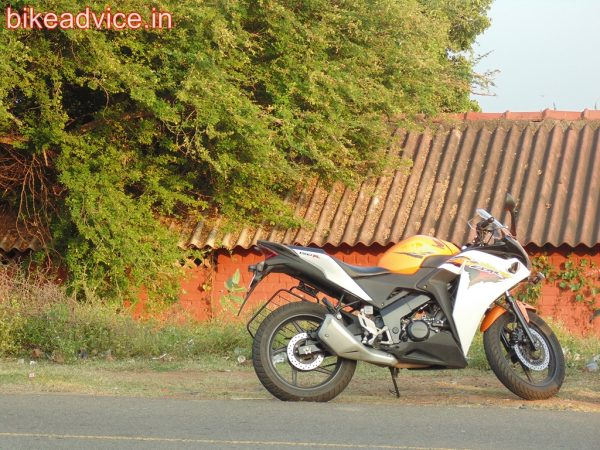 CBR-150R-Pic-Review (3)