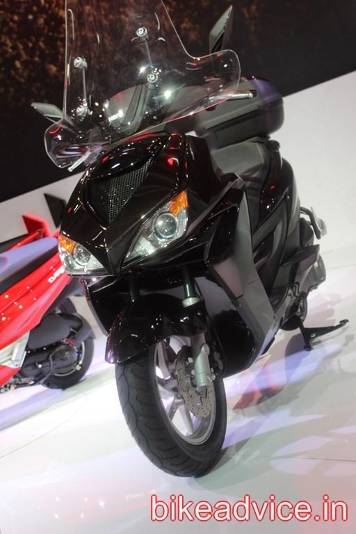 Hero-ZIR-150cc-Scooter-pics (6)