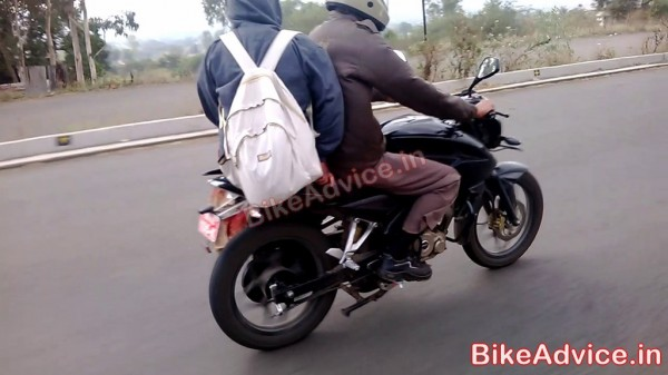 New-Bajaj-Pulsar-180-NS (2)