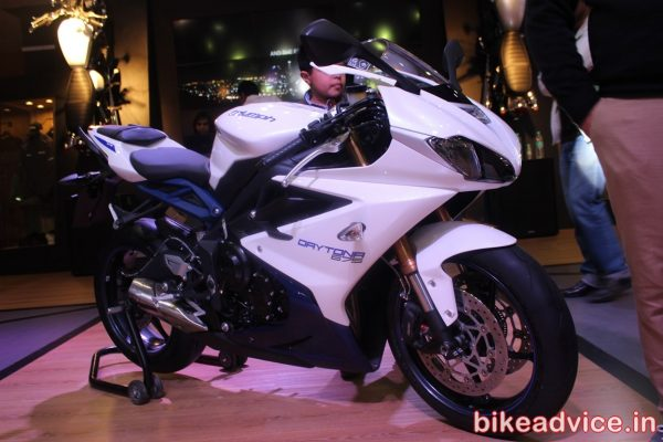 Triumph-daytona-675-india-launch-pic-front-side