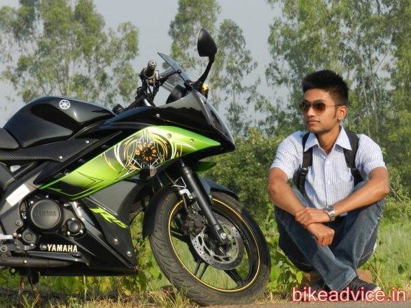 Yamaha-R15-Pic-Review (11)