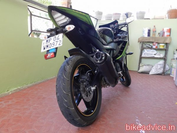Yamaha-R15-Pic-Review (16)
