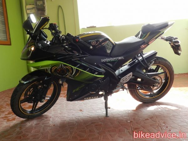 Yamaha-R15-Pic-Review (17)
