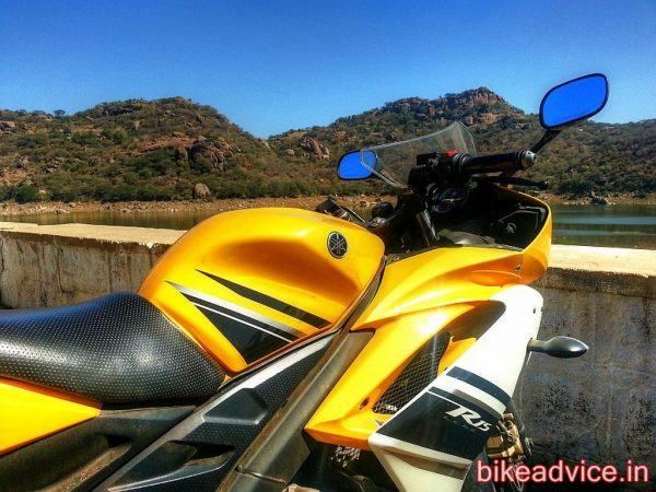 Yamaha-YZF-R15-Pic-Review (10)