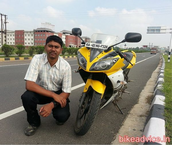 Yamaha-YZF-R15-Pic-Review (8)