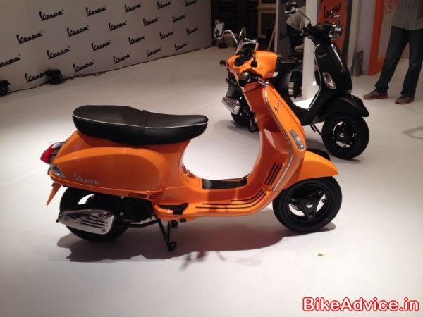 Vespa-S-India-launch-orange (2)