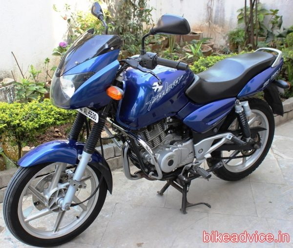 Pulsar-150-Review-Pic (2)