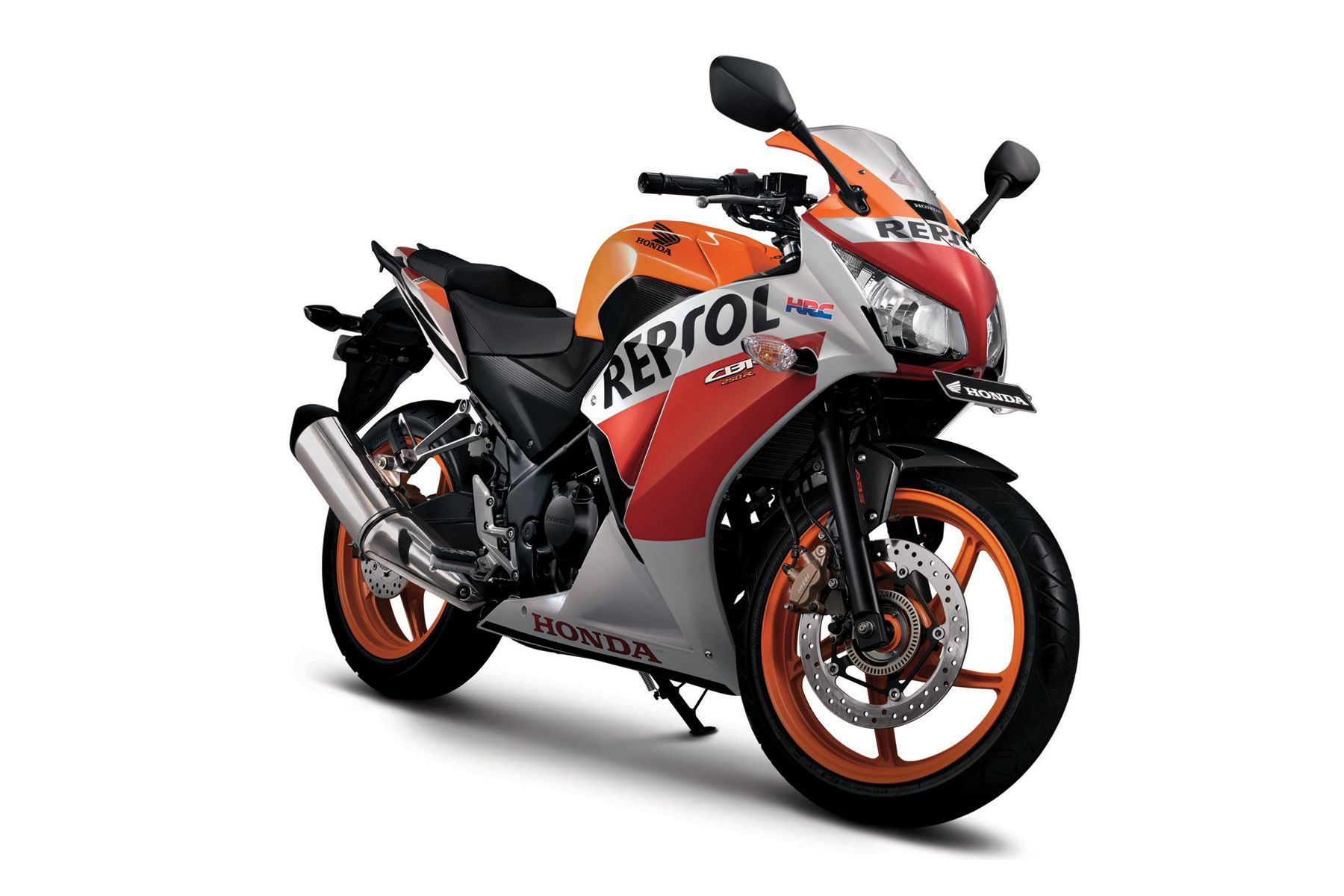honda slashes new cbr250r prices after r25 in indonesia. Black Bedroom Furniture Sets. Home Design Ideas