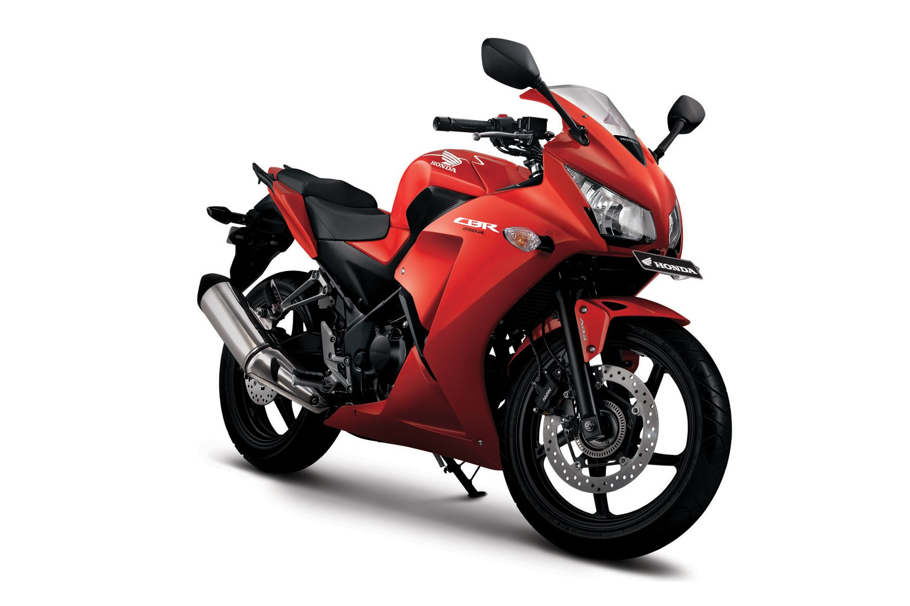 New 2015 Honda Cbr250r Launched With More Power Amp Twin