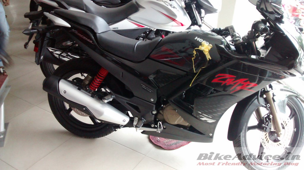 User Review 2014 Karizma ZMR: Mileage, Service, Features, Ride & All ...