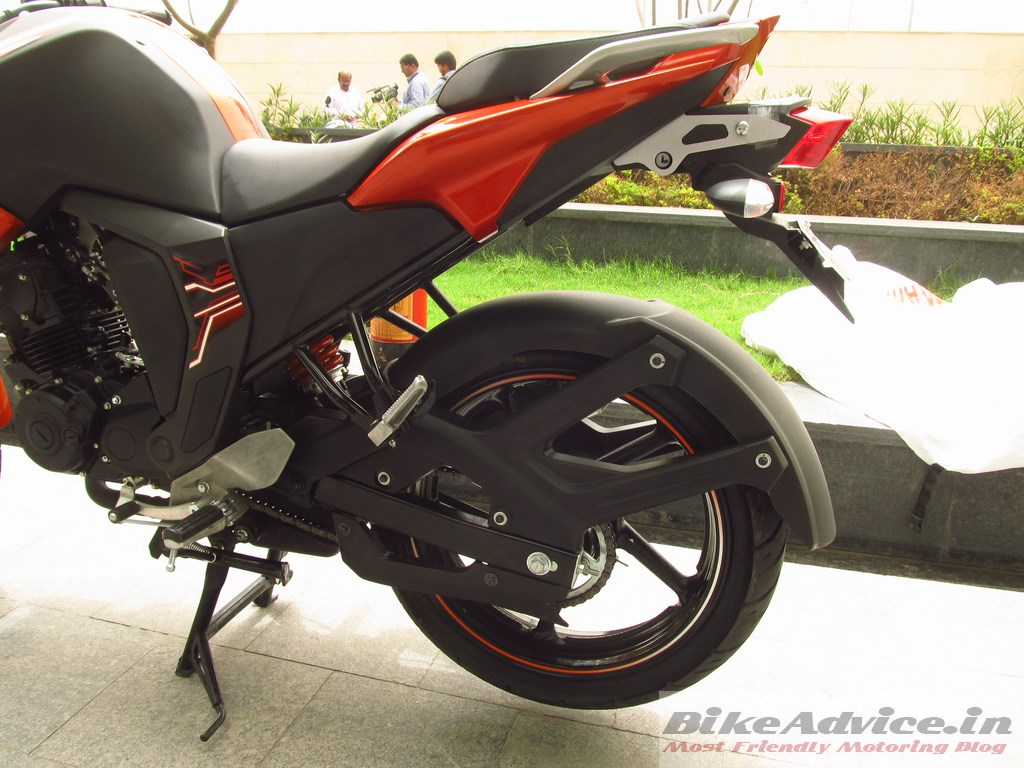 New fz s fi version 2 0 first ride review with pics for Yamaha fz back tyre price