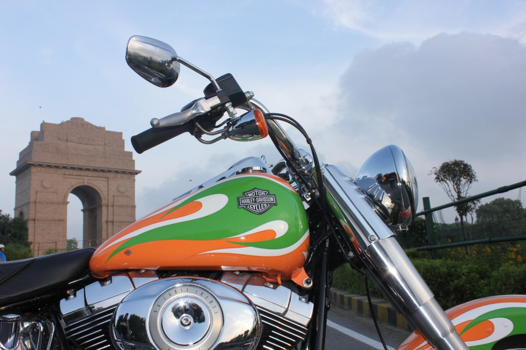 Independence Day- Triumph & Harley Owners Celete in Style!