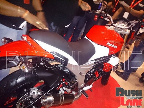 Mahindra-Mojo-Racing-Pic-Dealer (5)