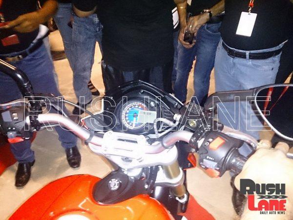 Mahindra-Mojo-Racing-Pic-console
