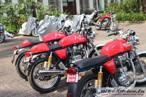 Royal-Enfield-Continental-GT-seat-options