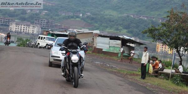 Ducati-Diavel-Carbon-India-Ride-Pics (21)