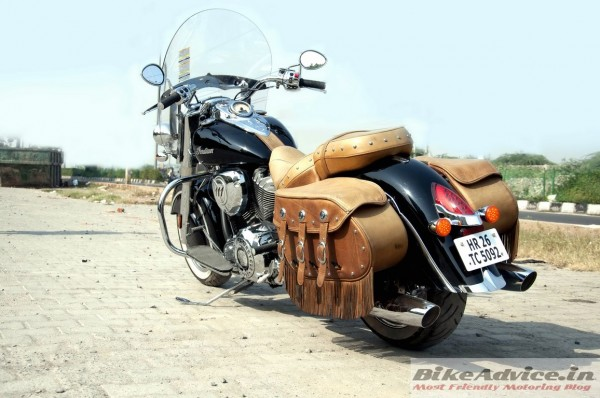 Indian-Chief-Vintage-Pics-rear-saddle-bags