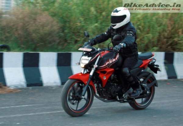 New-Yamaha-FZ-S-v2-FI-Pic (39)