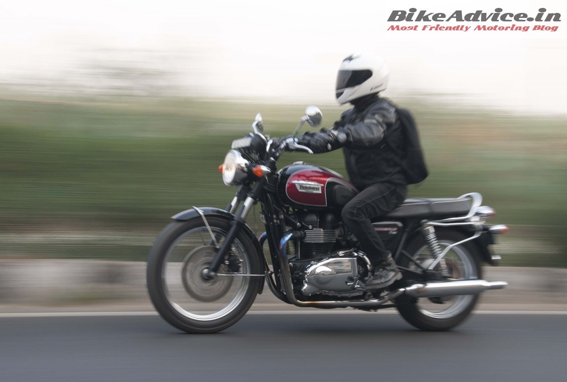 Bikes In India Review Triumph Bonneville T India