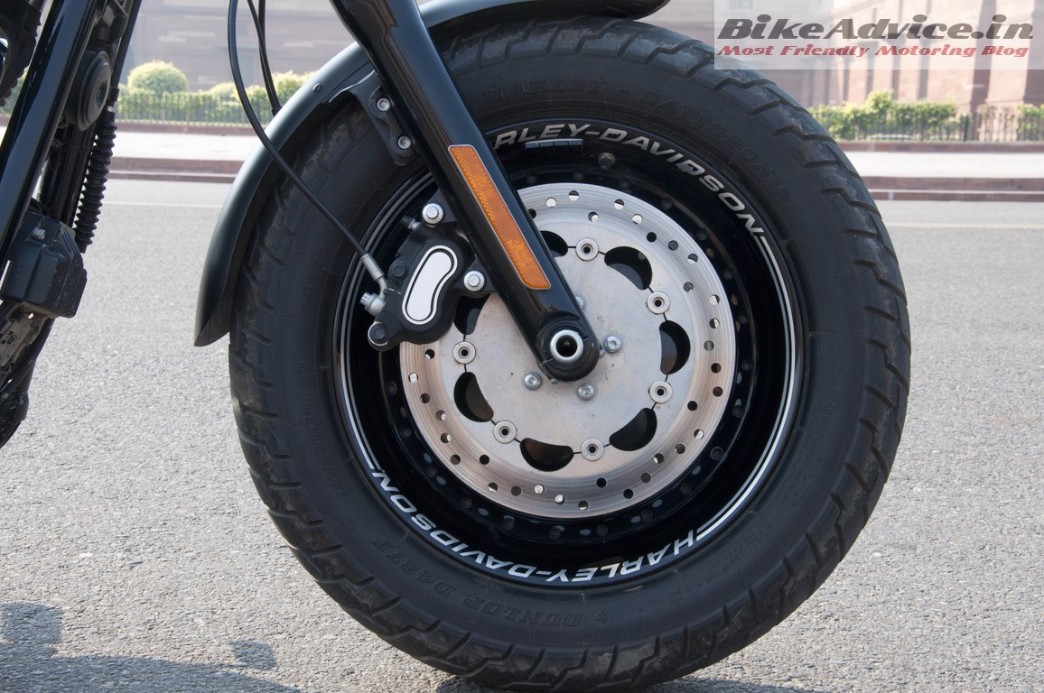 Harley-Davidson-Fat-bob-India-Review-Pictures-front-disc-brakes