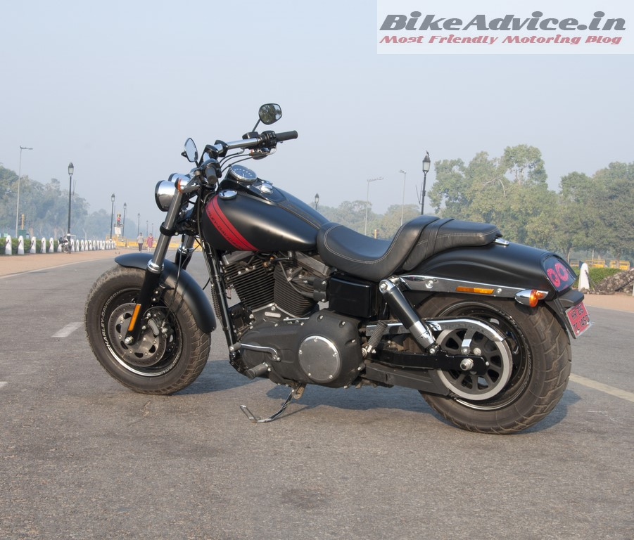 Harley-Davidson-Fat-bob-India-Review-Pictures-side-stance