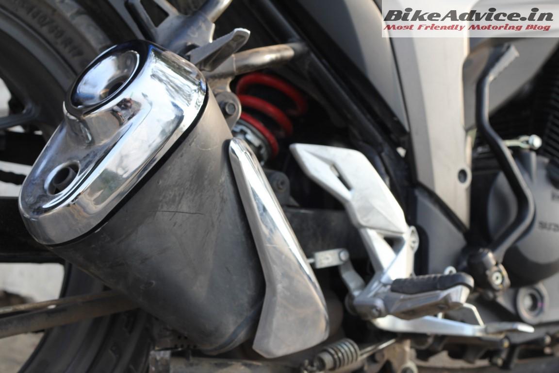 Suzuki Gixxer exhaust & monoshock