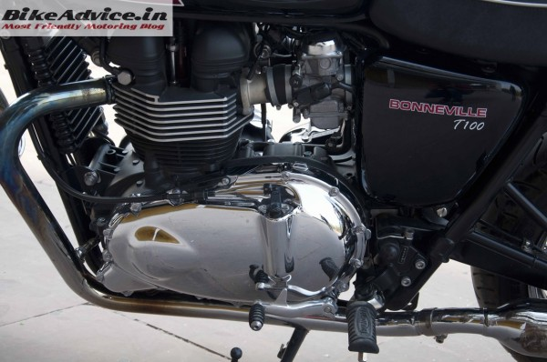 Triumph-Bonneville-India-test-ride-review-pics-engine-2