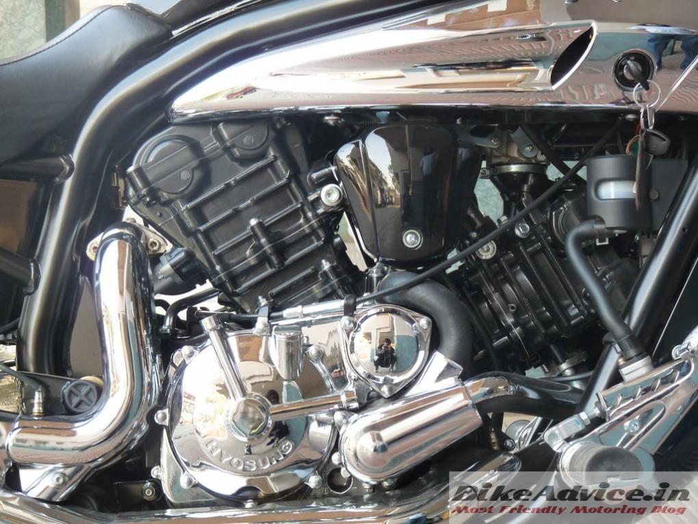 Hyosung-Aquila-Pro-GV650-Review-engine-pic