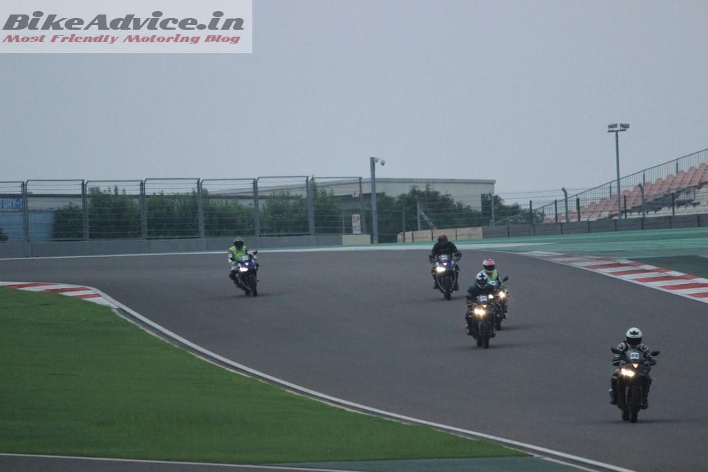 Yamaha R3 on track