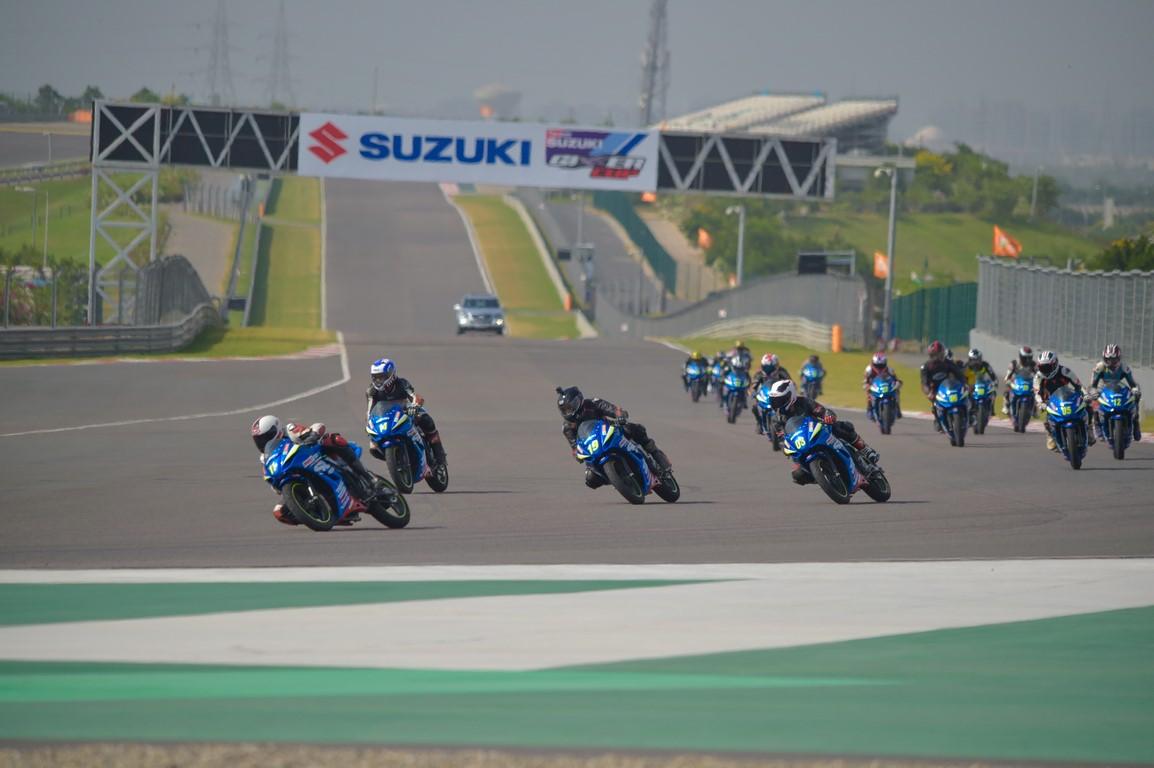 Kevin Schwantz Attends Suzuki Gixxer Cup Round 5