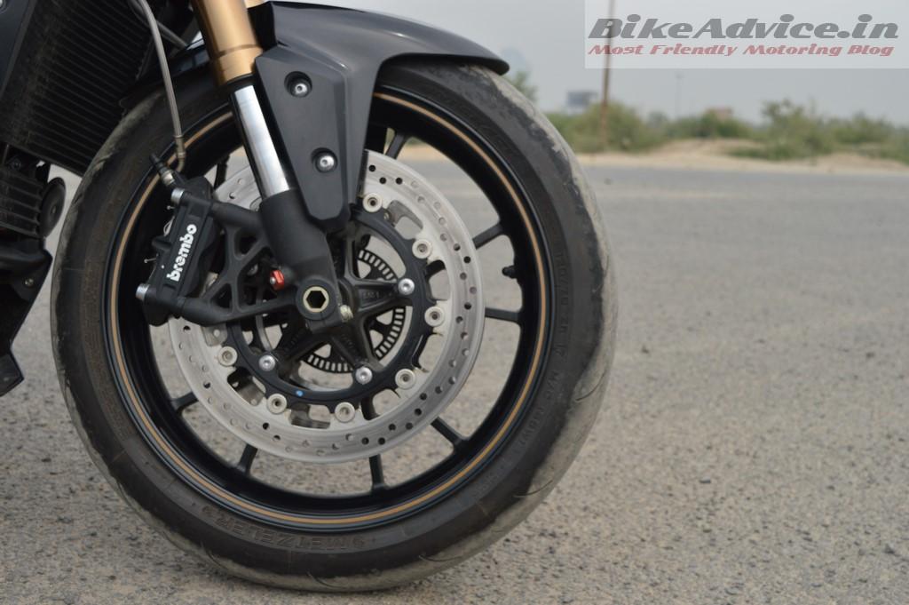 Speed Triple front brakes