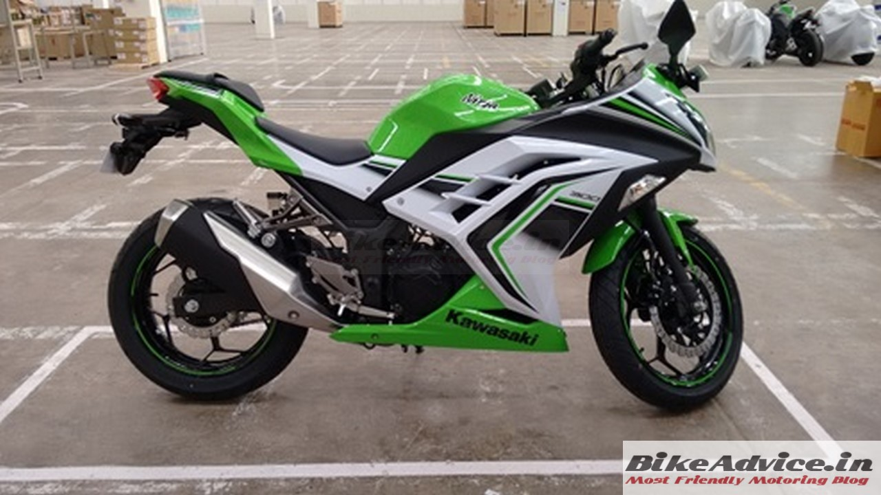 New Ninja 300 Anniversary Edition Launched:Pics,Price,Changes