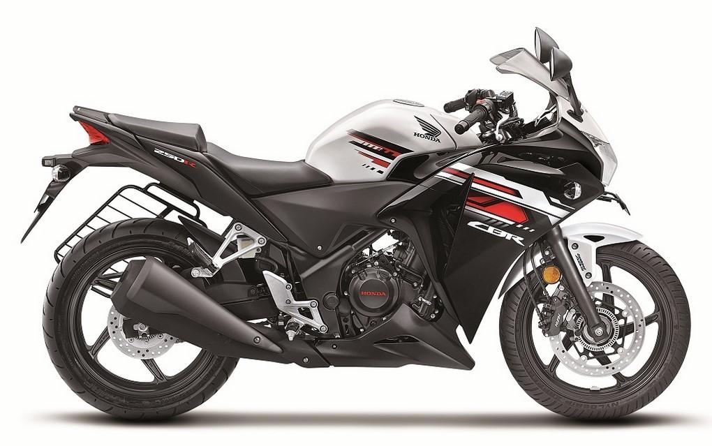 New-2016-Honda-CBR250R-White (1)