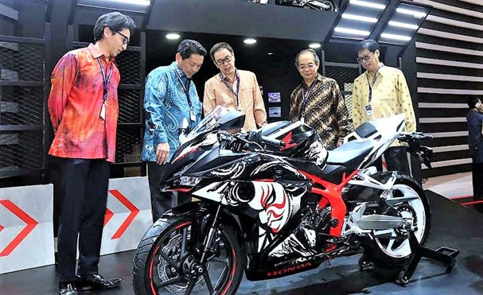 Honda CBR250RR Price pic