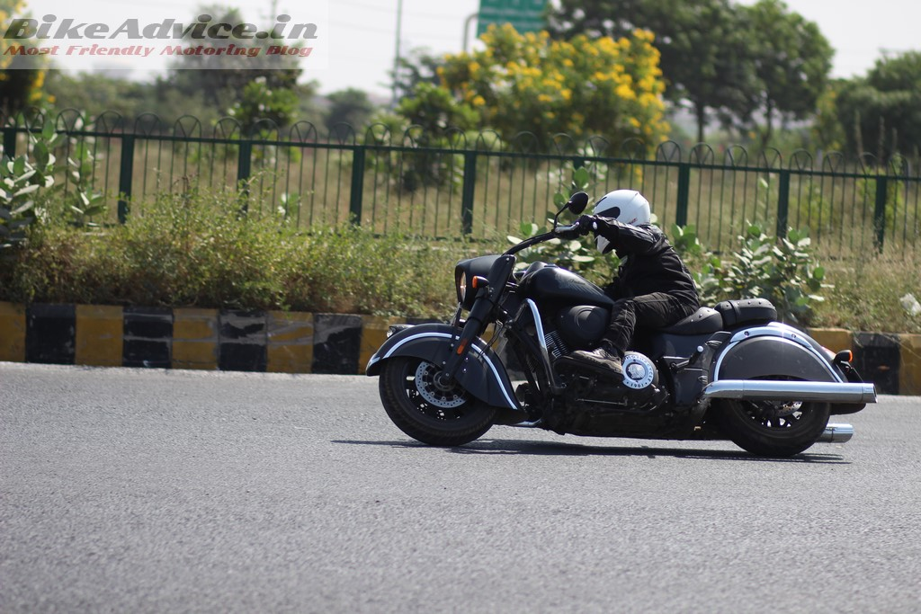 Indian Chief Dark Horse cornering clearance
