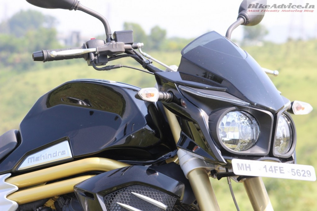 Mahindra-Mojo-Pic-chest-ribs