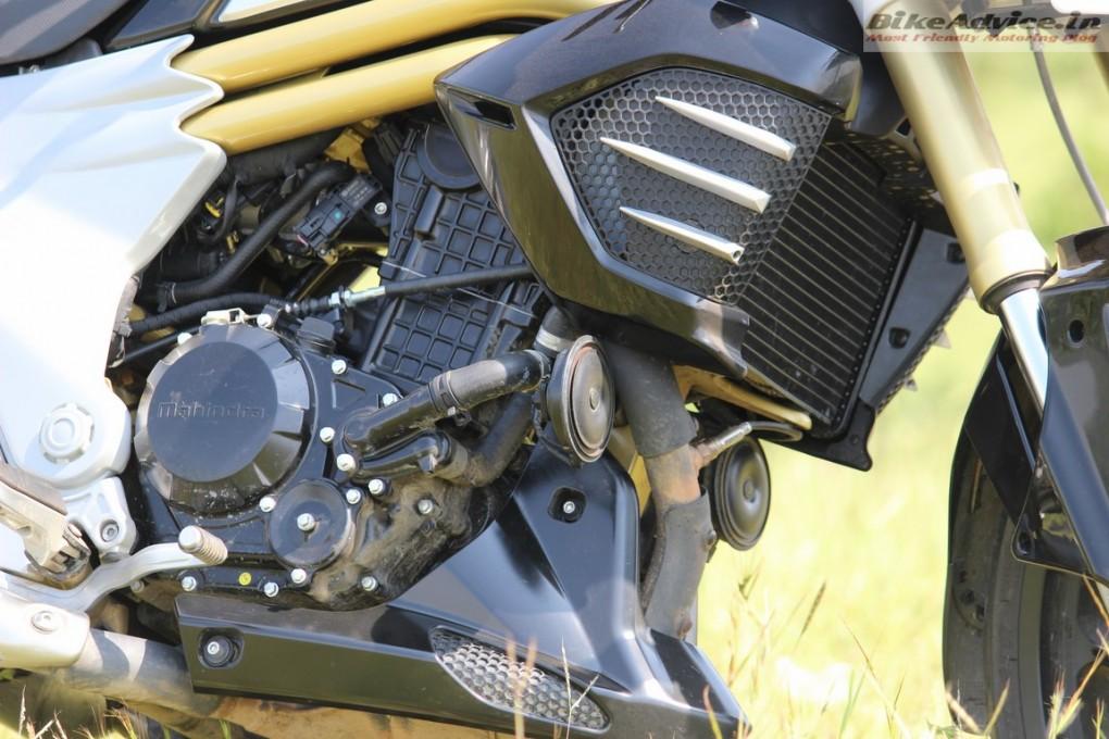Mahindra-Mojo-Pic-engine