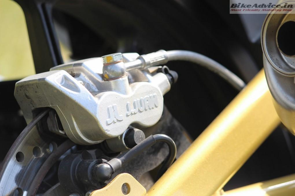 Mahindra-Mojo-Pic-jjuan-disc-brake