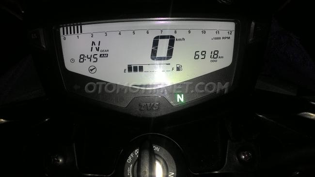 New-Apache-200-meter-console-speedometer
