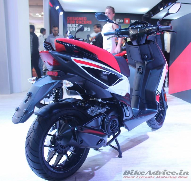 150cc-scooter-Aprilia-SR150-White-pic (3)