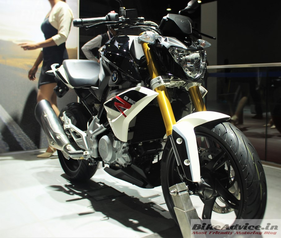 BMW-G310R-Black-Front-Pic